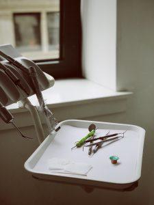 wybielanie zębów warszawa